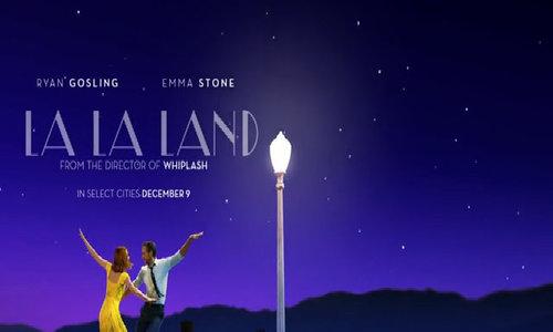 Trailer nhiều cảnh hôn giữa Emma Stone và Ryan Gosling của phim 'La La Land'