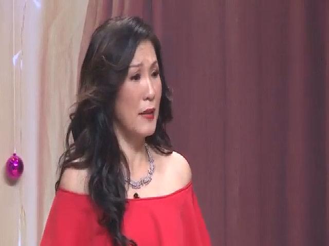 Hồng Đào 'đá xoáy' Ngọc Trinh yêu đại gia 72 tuổi trong kịch hài