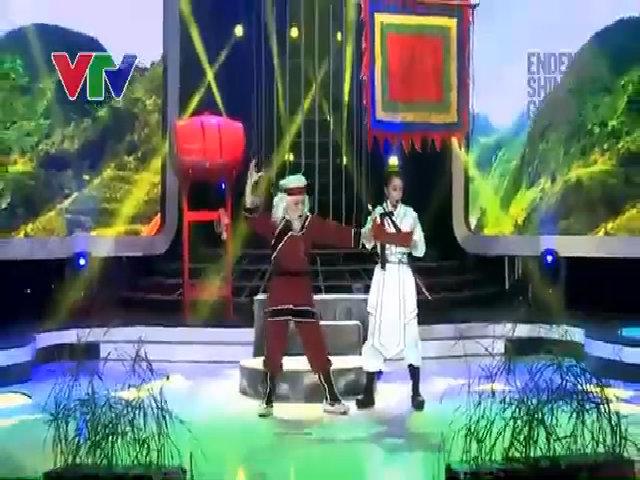 Công Quốc hóa thành Nghệ sĩ Ưu tú Vũ Linh trong tiết mục 'Bức ngôn đồ Đại Việt'