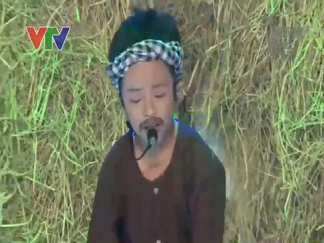 Hoài Linh bật cười xem bé 7 tuổi giả giọng Phú Yên