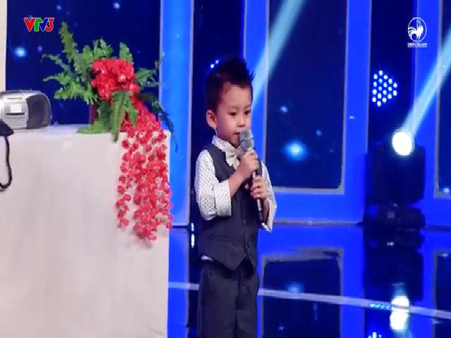Bé 4 tuổi hát Bolero khiến Mỹ Linh, Trấn Thành thán phục