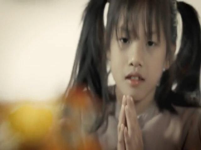 MV 'Bông vạn thọ' của ca sĩ Phương Thúy