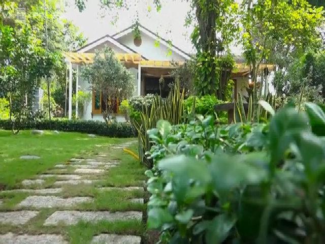 Thăm biệt thự gỗ triệu đô của Kiwi Ngô Mai Trang