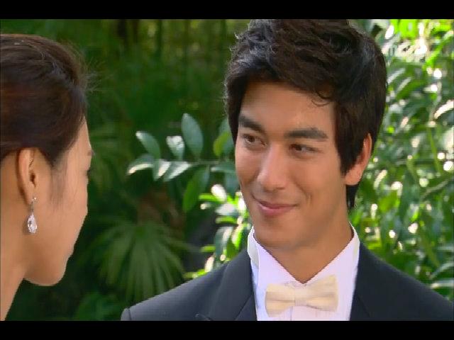 Diễn xuất của Dennis Oh trong 'Phía đông vườn địa đàng'