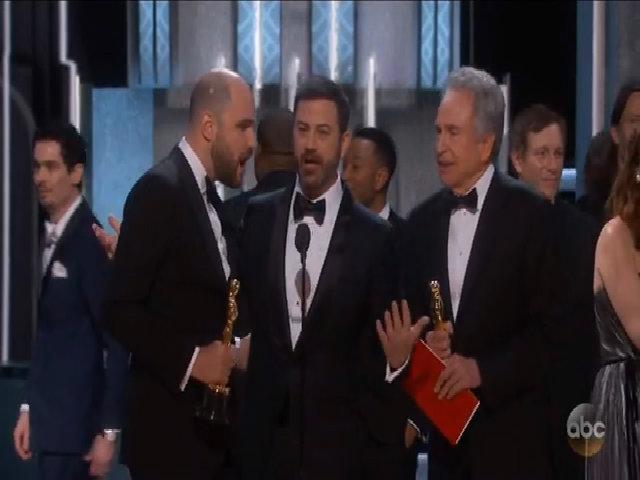 Nguyên nhân trao nhầm giải thưởng tại Oscar 2017