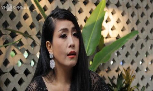 Danh hài Kiều Oanh: 'Tôi nhịn mua đồ hiệu để tiền nuôi con'