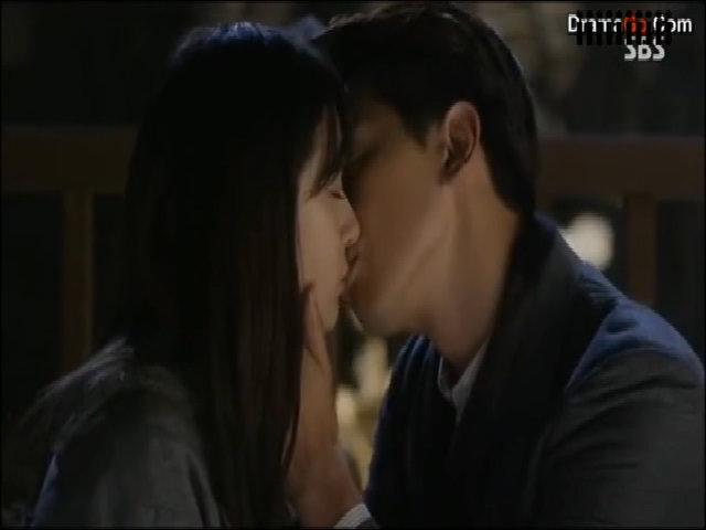 Bi (Rain) vướng 'tình chị duyên em' trong phim mới