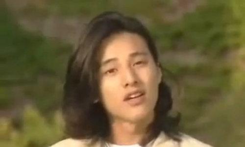 """Won Bin trong phim """"Khát vọng nghệ thuật"""" năm 1999"""