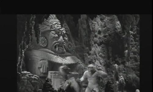 """""""Con trai của Kong"""" đấu với thằn lằn khổng lồ"""