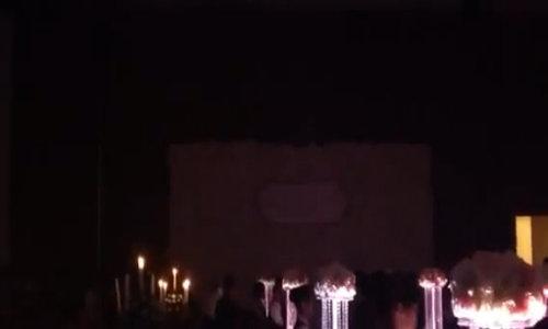 Đăng Khôi hát tặng vợ trong đám cưới