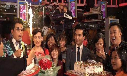 Người hâm mộ bất ngờ tổ chức sinh nhật cho Mạnh Quỳnh, Phi Nhung