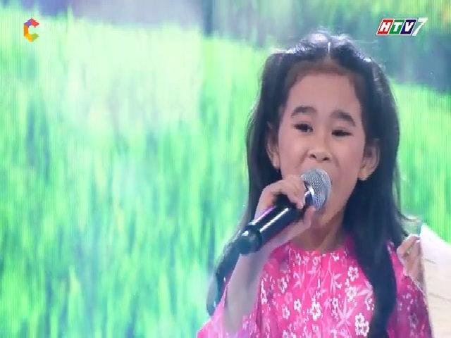Thái Bảng Anh hát 'Hình bóng quê nhà'
