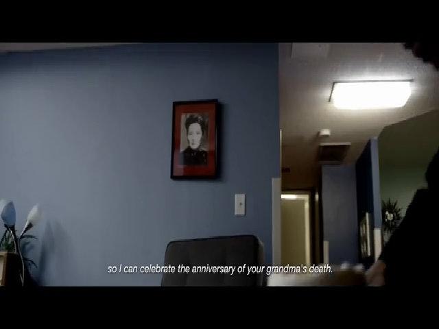 Cảnh phim có hình ảnh vợ ông Tưởng Giới Thạch bị chỉnh sửa