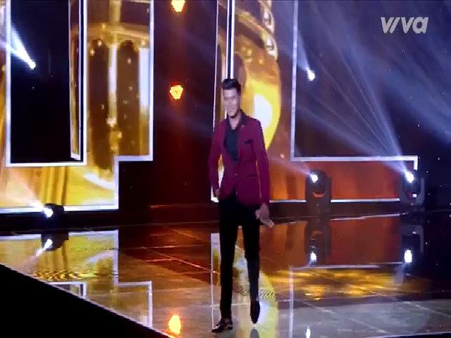 Đàm Vĩnh Hưng, Quang Lê catwalk cùng thí sinh cao 1,8 m