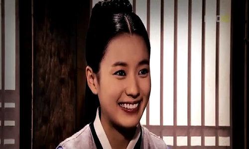 Han Hyo Joo trong bom tấn năm 2010 - 'Dong Yi'