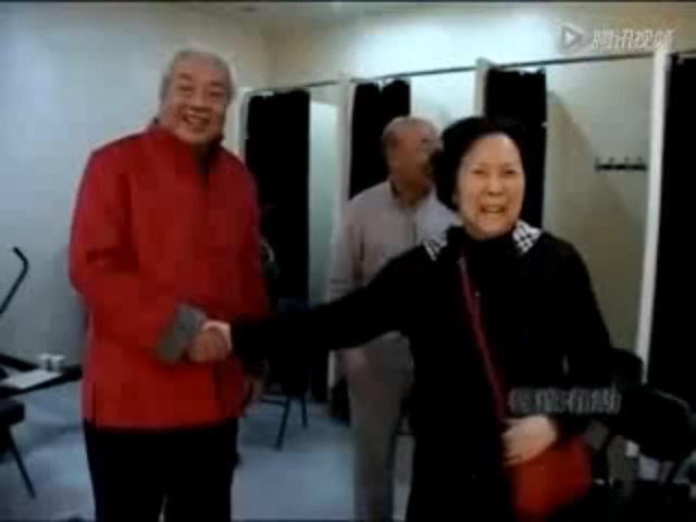 """Trì Trọng Thụy hát """"Xin hỏi đường ở nơi nào"""""""