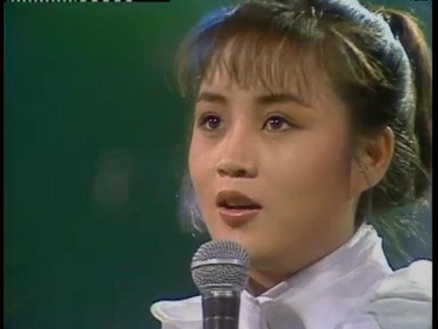 Hye Soo được chú ý bởi nhan sắc và giọng hát đẹp năm 18 tuổi