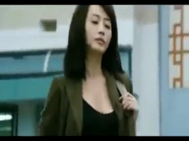 "Kim Hye Soo gợi cảm trong phim ""Biệt đội siêu trộm"" (2012"