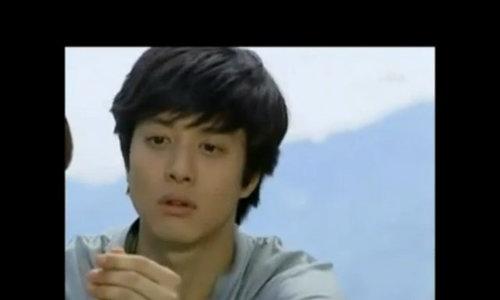 "Lee Dong Gun vai Yoon Soo Hyuk trong ""Chuyện tình Paris"""