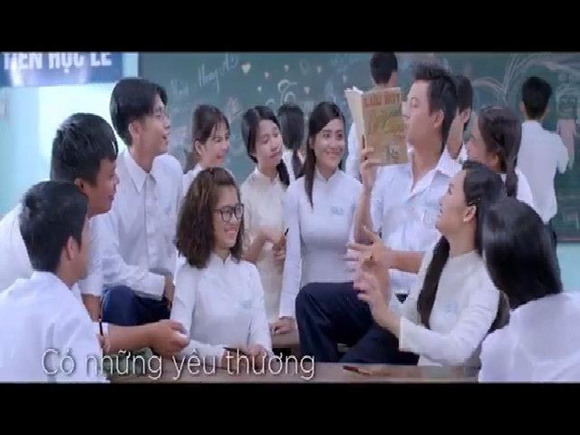 Ngọc Linh hát 'Tình thơ' Trong phim 'Cô gái đến từ hôm qua'