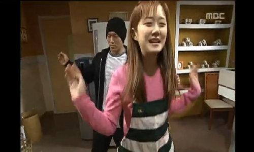 """Jang Nara trong phim đầu tay - """"Nonstop"""""""