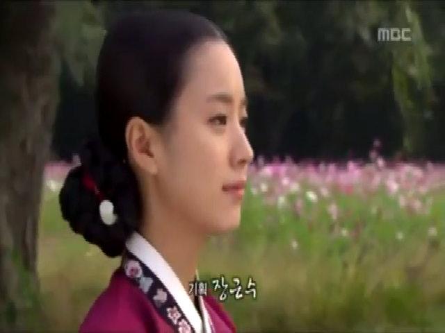 """Tạo hình xinh đẹp của Han Hyo Joo trong """"Dong Yi"""""""