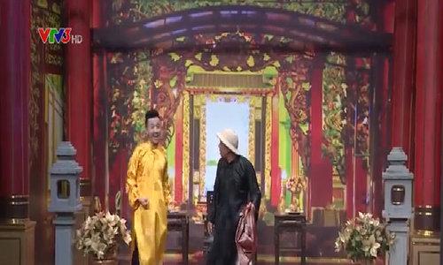 Hoài Linh xem Trung Dân diễn hài