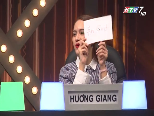 """Hương Giang Idol thi """"Siêu sao đoán chữ"""" cùng các nghệ sĩ"""