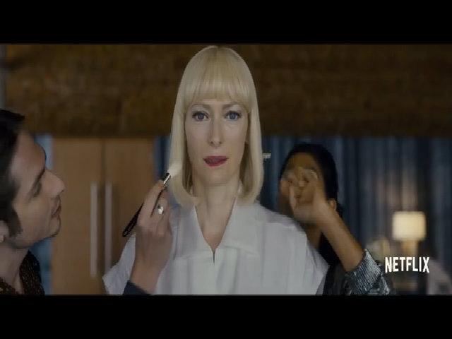 """Tilda Swinton, Jake Gyllenhaal trong """"Okja"""""""