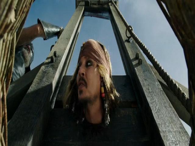 Johnny Depp nói đùa máy chém