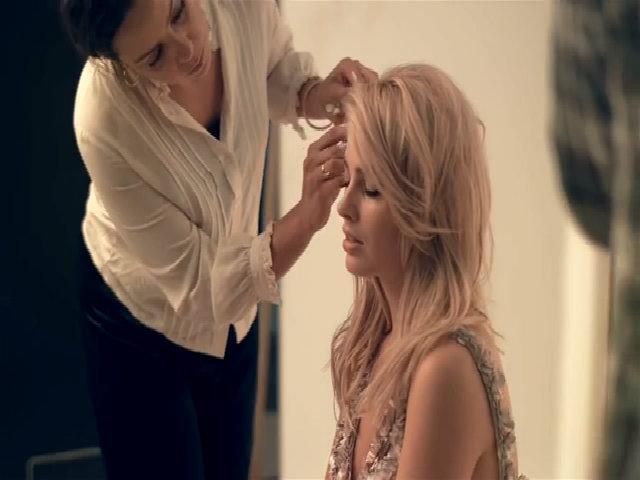Hậu trường Margot Robbie chụp hình thời trang