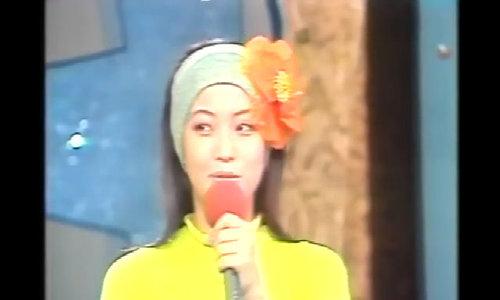 Kim Hee Sun khoe sắc tuổi đôi mươi trong show truyền hình