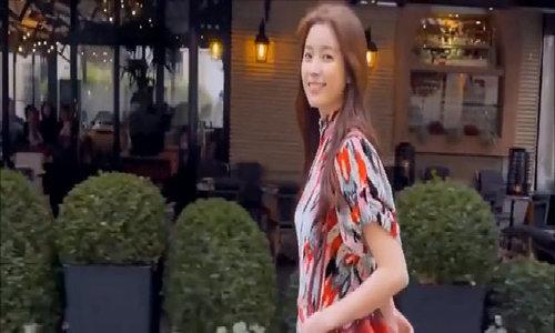 Han Hyo Joo nữ tính với đầm họa tiết