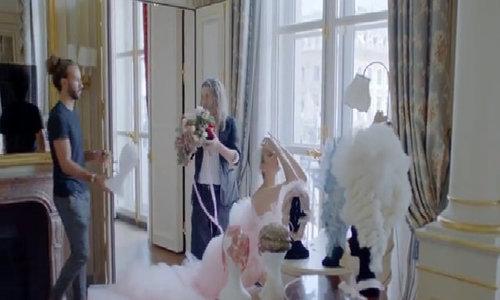Celine Dion trên tạp chí Vogue