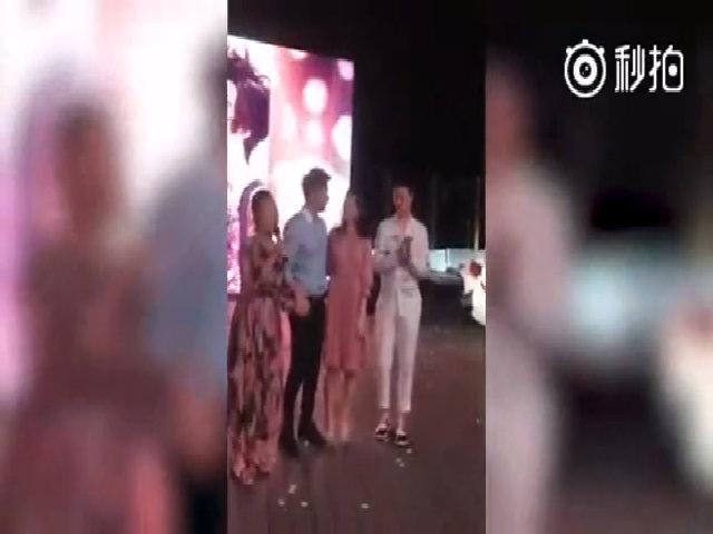 Lý Thần run rẩy khi cầu hôn Băng Băng trước 'họ nhà gái'