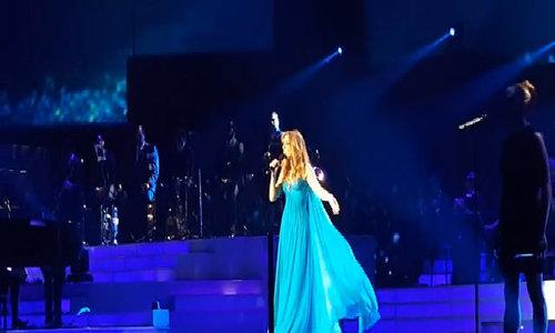 Celine Dion vẫn biểu diễn ở Las Vegas sau vụ xả súng