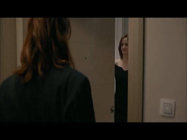 """Chuyện tình ái giữa hai người phụ nữ trong """"Based on a True Story"""""""