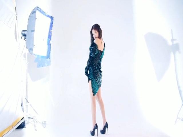 Jennie chụp hình cho tạp chí Dazed
