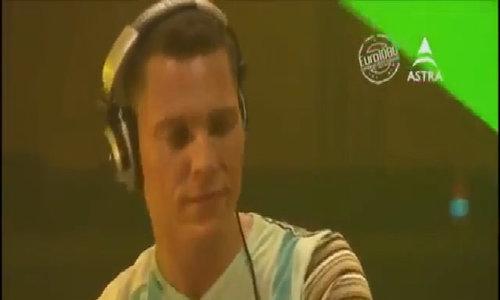 Huyền thoại DJ Tiësto trở lại Việt Nam biểu diễn vào tháng 12