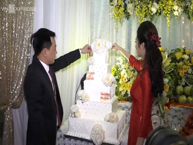 Đám cưới Hoa hậu Thu Ngân và chồng đại gia