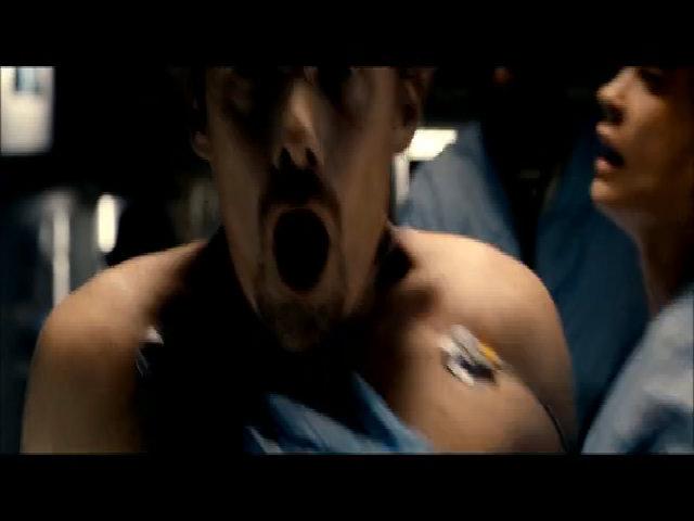 Ethan Hawke tái xuất trong phim hành động 24 Hours to Live