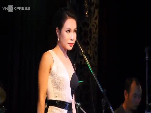 """Uyên Linh hát """"Bài hát của em"""""""