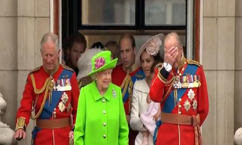 Trang phục hoàng gia Anh
