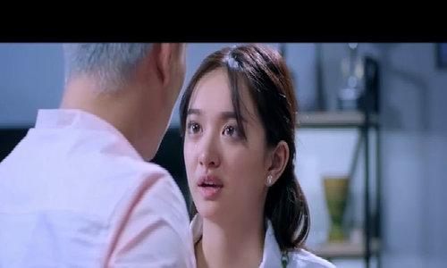 """""""Em chưa 18"""" là phim có doanh thu cao nhất lịch sử màn ảnh Việt"""