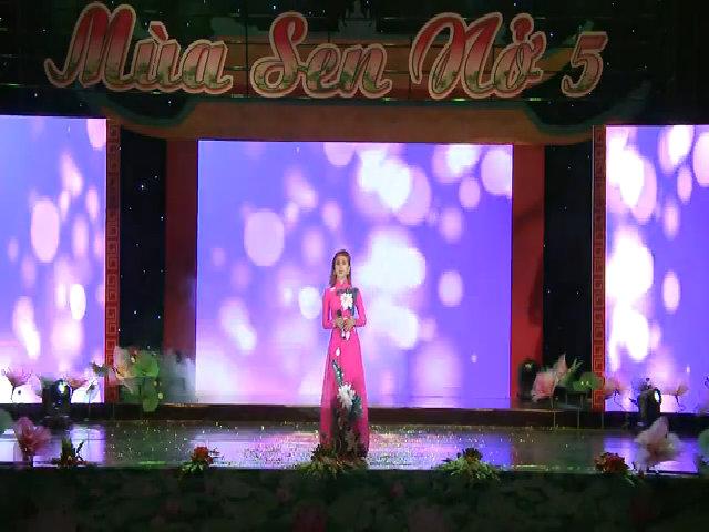 Khanh Chi Lâm đi hát sau khi chuyển giới