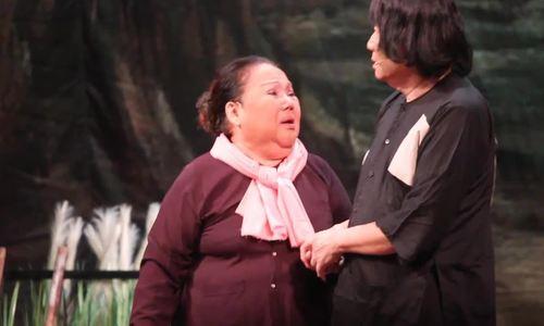 Minh Vương diễn cảnh Minh Luân gặp lại cha sau 20 năm
