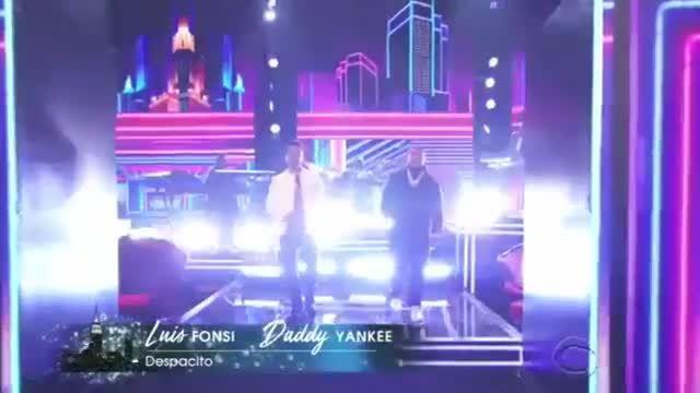 Luis Fonsi biểu diễn 'Despacito' tại Grammy