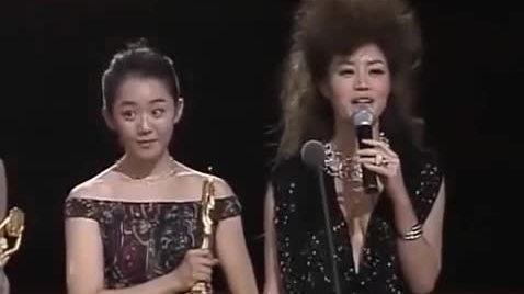 Kim Hye Soo tại Rồng Xanh năm 2004