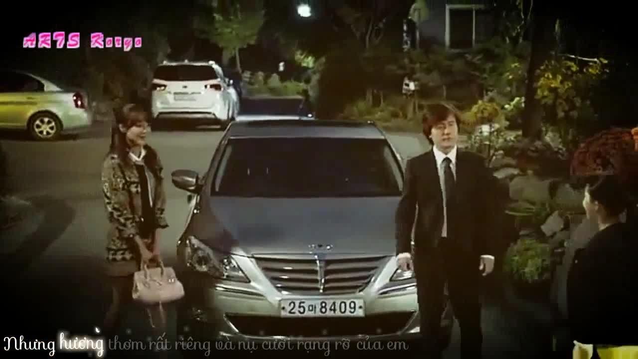 "Kam Woo Sung và Soo Young trong ""My Spring Days"""