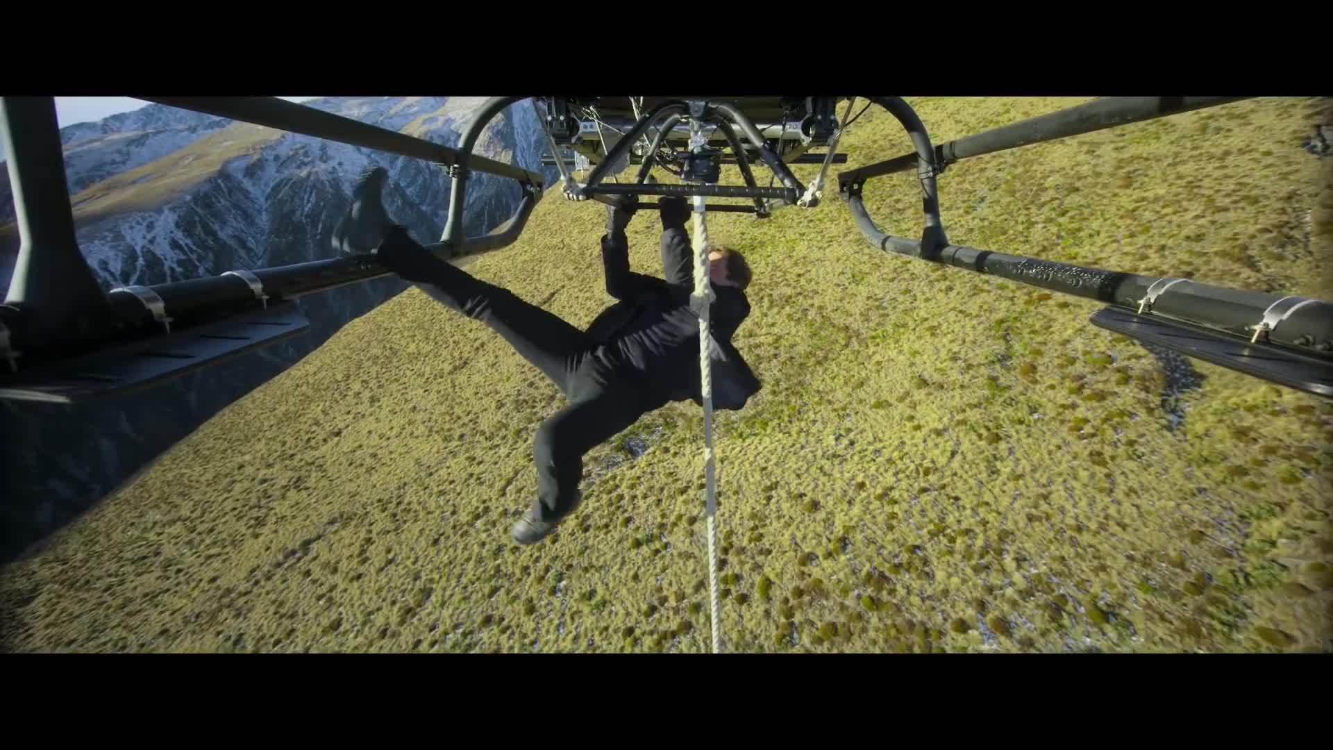 Tom Cruise diễn cảnh mạo hiểm trong Mission: Impossible 6
